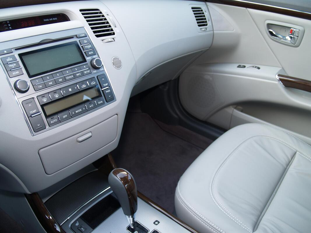 leather car interior clean